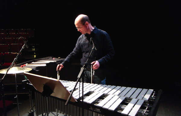 "Stephan Froleyks performing ""Sequitur XI"" by Karlheinz Essl"